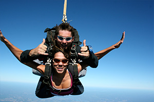 Tandem Skydiving in Nashville